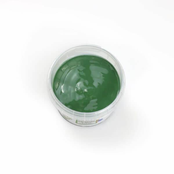 Grüne Fingerfarbe aus natürlichen Rohstoffen von neogrün. Sicher, ohne Azofarbstoffe, ohne Parabene, ohne Petrochemikalien