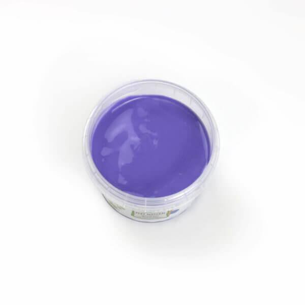 Violette Fingerfarbe aus natürlichen Rohstoffen von neogrün. Sicher, ohne Azofarbstoffe, ohne Parabene, ohne Petrochemikalien
