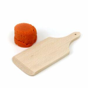Schneidbrettchen aus Naturholz mit Easy-Knete