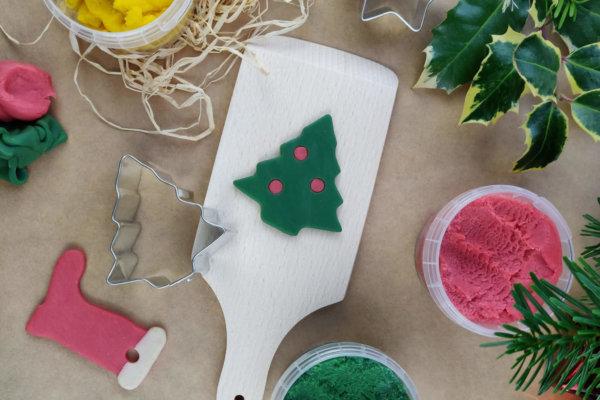 Weihnachtsbaumschmuck aus Knete
