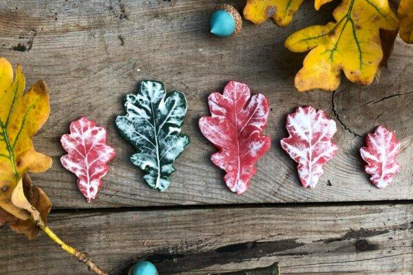 Blätter aus Knete